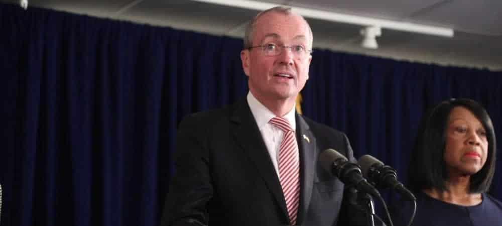New Jersey Racetracks, Sportsbooks Face Closure In Government Shutdown