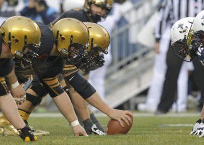 U.S. Sportsbooks Begin To Ramp Up For Football Season